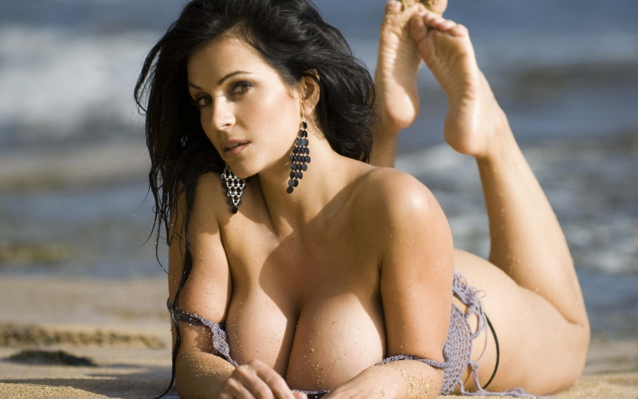 Girls_Denise_Milani_013759_.jpg